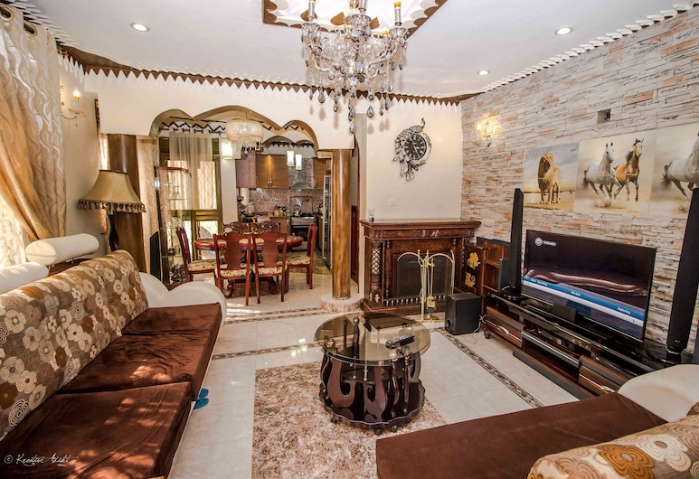 Albert Suites, Entebbe, Apartman, 2 spavaće sobe, Dnevni boravak