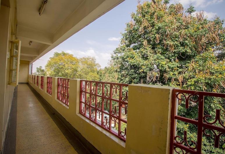 Seldom Hotel, Nairobi, Habitación individual estándar, 1 cama doble, Balcón