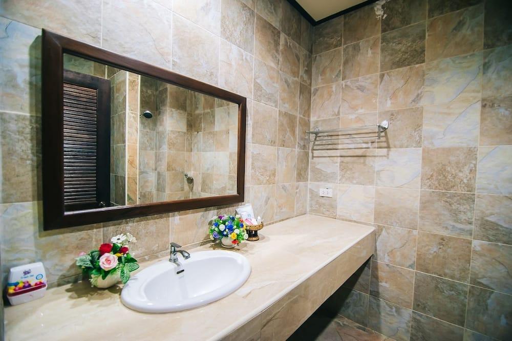 Deluxe dobbeltrom - Vask på badet