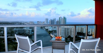 Picture of Beachwalk Residences by Seniak in Hallandale Beach