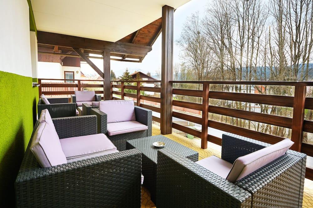 컴포트 아파트, 침실 2개, 간이주방, 산비탈 - 테라스/파티오