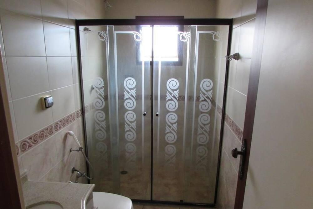 Standard Room, Smoking - Bathroom