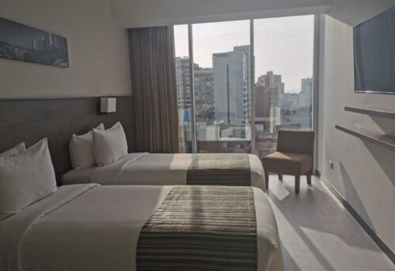 Best Western Plus Urban Larco Hotel, Lima, Superior Room, 2 Twin Beds, Non Smoking, Guest Room View