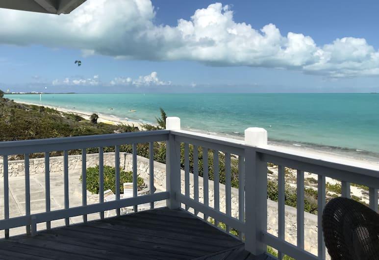 Caribbean Sea Breeze Villas, Providenciales-sziget, Panorámás villa, 2 hálószobával, kilátással az óceánra, Tengerre néző, Erkély