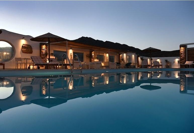 Glafki Studios & Suites, Tinos, Outdoor Pool