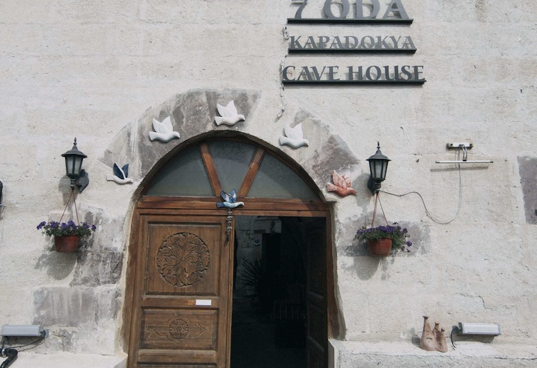 7 oda Kapadokya Cave House, Urgup, Hotel Front