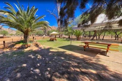 Goanikontes-Oasis-Campground/