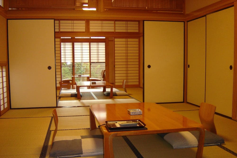 Japanese Room with Open-Air Bathroom - In-Room Dining