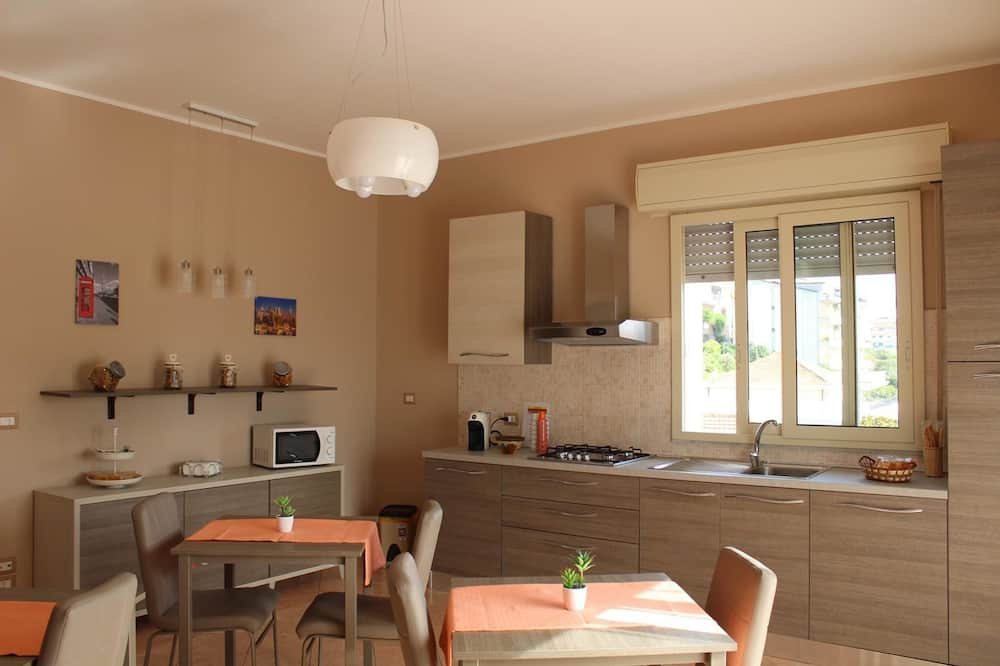 Classic Double or Twin Room - Shared kitchen