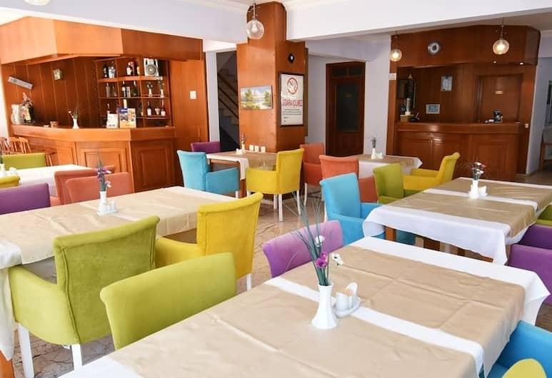 Umit Hotel, Antalya, Sitzecke in der Lobby