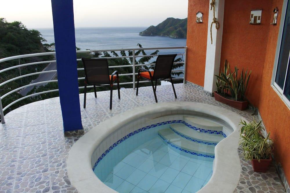 Habitacion privada, Superior, Vista al mar (SMR575A) - Басейн на даху