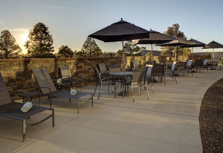 Fairfield Inn & Suites by Marriott Flagstaff Northeast, Flagstaff, Courtyard