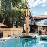Family Oda, Birden Çok Yatak, Ortak Banyo, Dağ Manzaralı - Açık Hava Spa Küveti