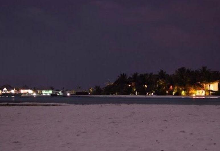 Madagali Inn, Guraidhoo, Strand