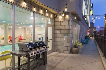 Gambar Home2 Suites by Hilton Louisville Downtown NuLu di Louisville
