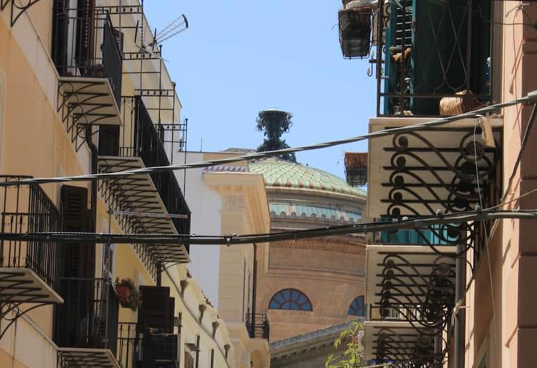 Amunì - Palermo, Palermo, Otelden görünüm