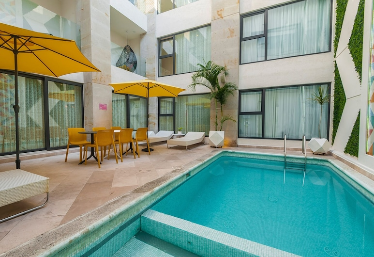 FCH Hotel Providencia - Adults Only, Guadalajara, Pool
