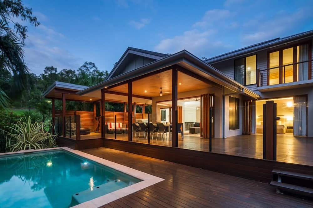Trito Oceans Edge Luxury House, Cairns (and vicinity)