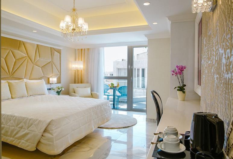 Qbic City Hotel, Larnaca