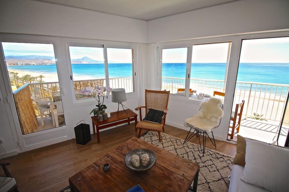 Lejlighed - 2 soveværelser - terrasse - mod havet - Stue