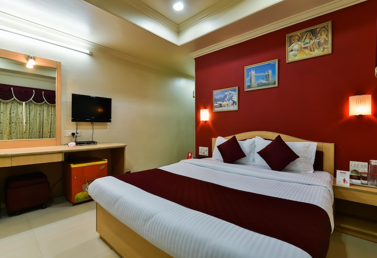 OYO Flagship 572 Santacruz West, Mumbai, Standard Double or Twin Room, 1 Double Bed, Private Bathroom, Guest Room