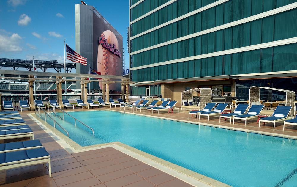 Hotels Near Coca Cola Roxy Atlanta Ga