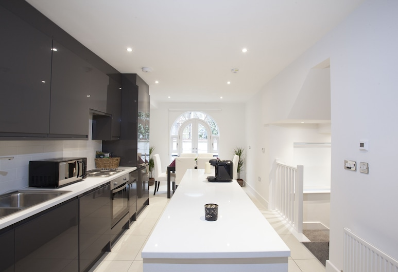 CDP Apartments – King's Cross, London, Deluxe Apartment, 2 Bedrooms, Kitchen, Private kitchen