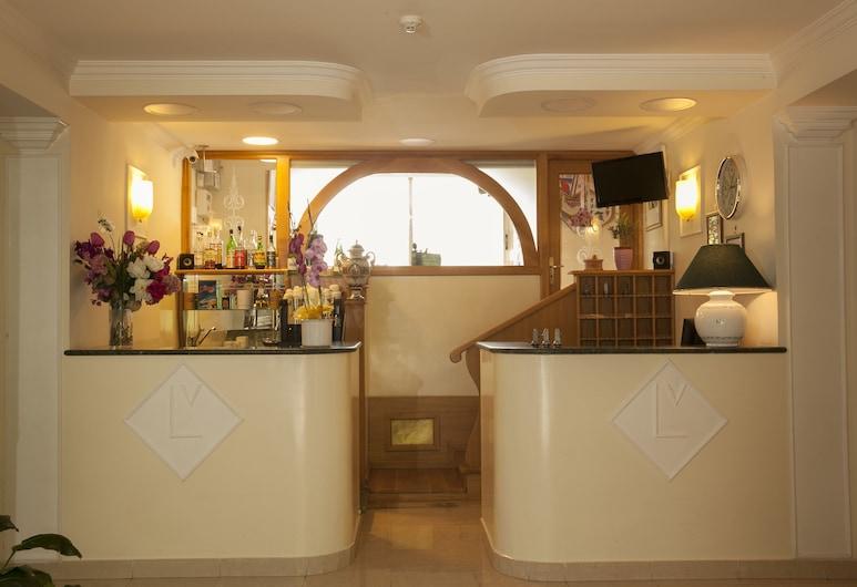 Hotel Ludovici, Fiuggi, Recepcja
