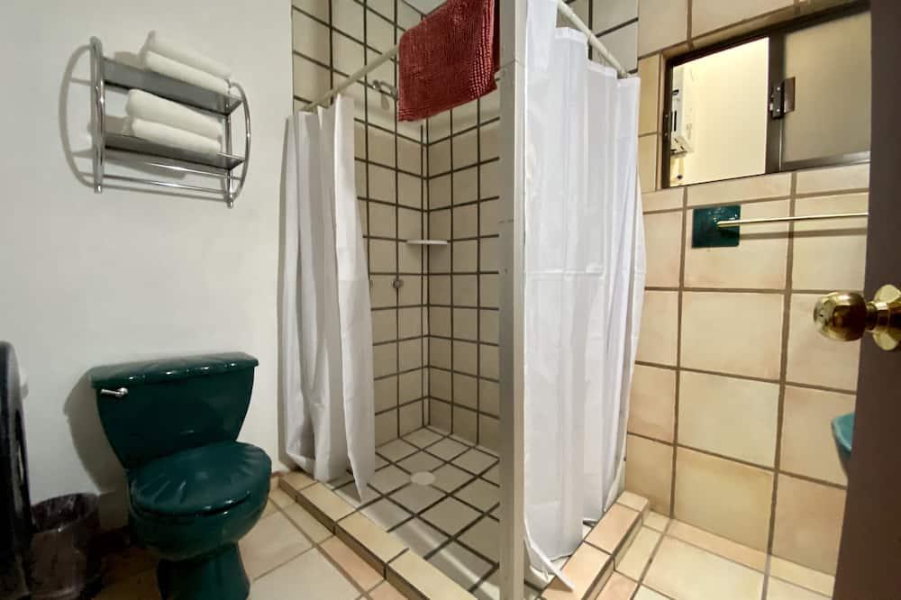 Standardní apartmá, 2 ložnice - Koupelna