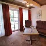 Standard-Doppelzimmer, Balkon - Wohnbereich