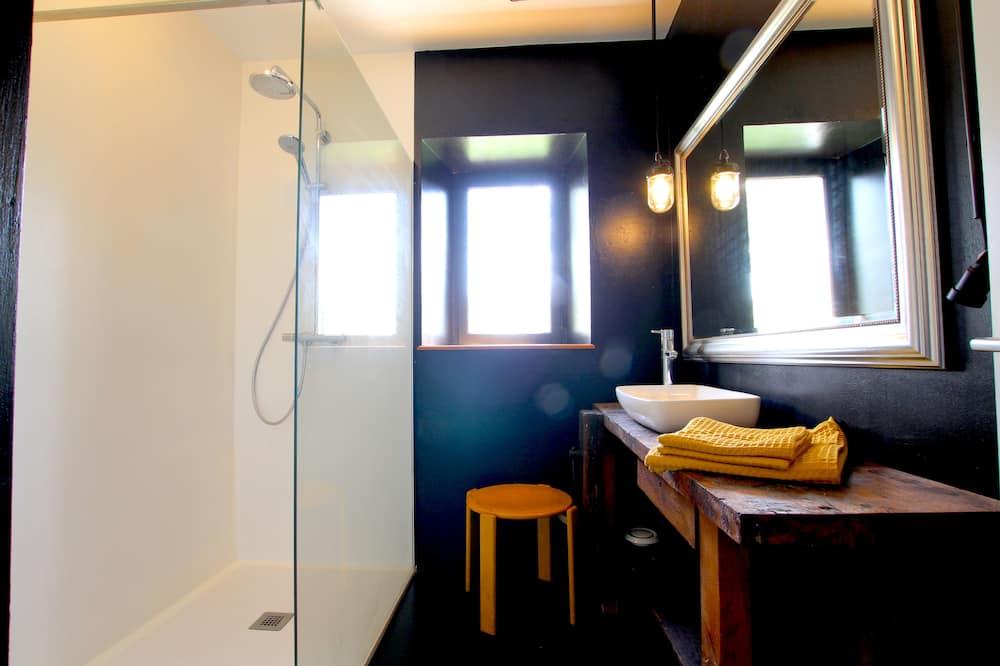 Дизайнерський двомісний номер - Ванна кімната
