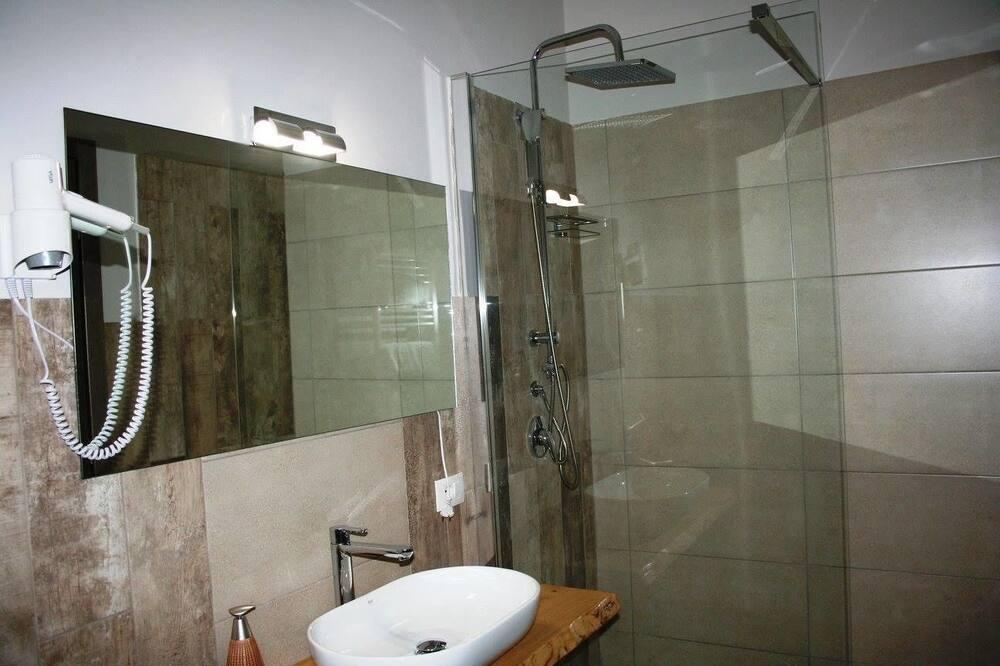 Двухместный номер с 1 двуспальной кроватью, терраса - Ванная комната