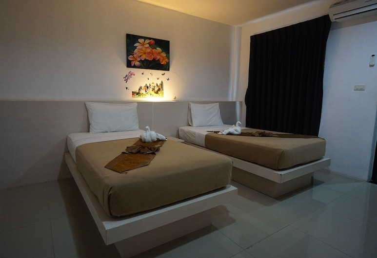 Phuthara Hostel, Phuket, Deluxe Twin Room, Guest Room