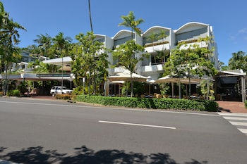 Picture of Seascape Holidays - Club Tropical Apts in Port Douglas