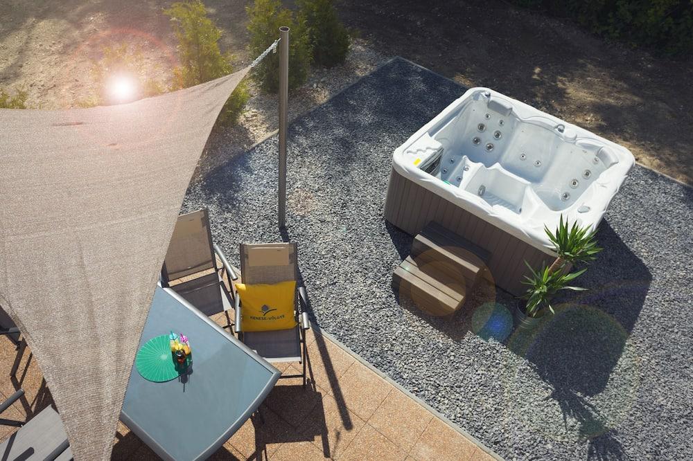 Deluxe Villa, 3 Bedrooms, Garden Area - Outdoor Spa Tub