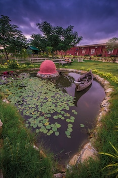 Obrázek hotelu Royal Emerald River View Resort ve městě Nyaung-U
