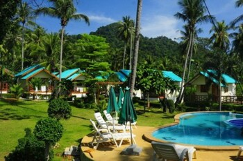 Picture of Green Cottage Beach Resort in Ko Chang