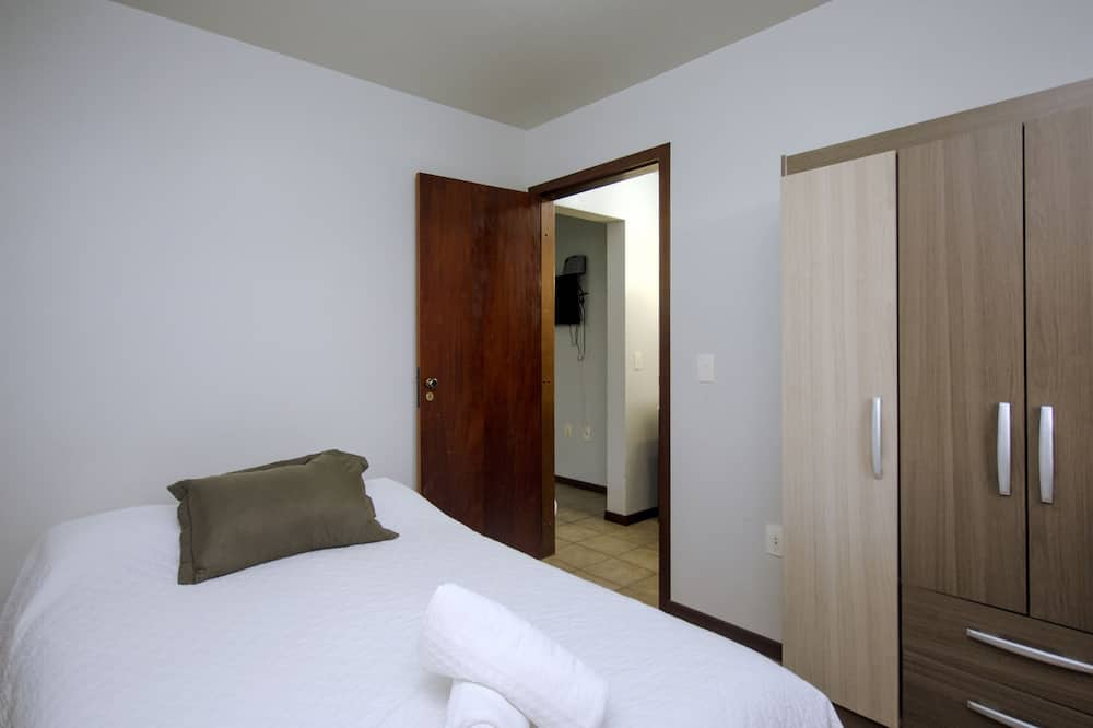 Basic Apartment - Guest Room