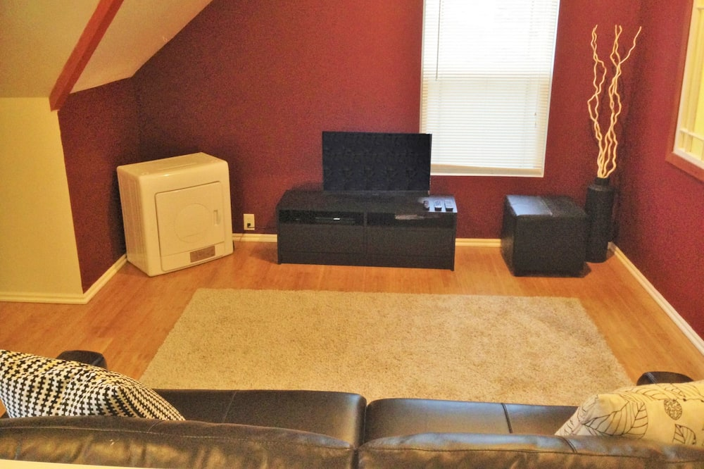 Business Loft, 1 Bedroom, Kitchen - Living Area