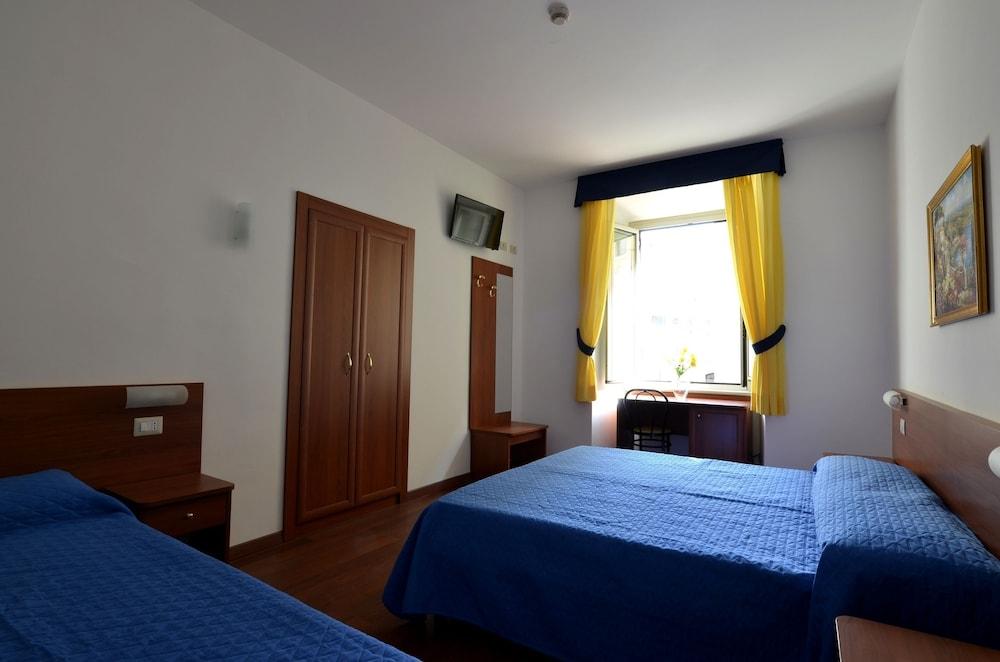 Tex Voor Badkamer : Hotel tex in rome hotels