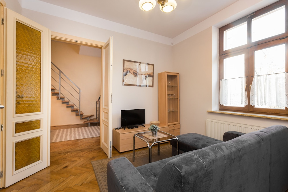 Good Morning Krakow Apartments, Krakow, City Apartment, 2 Bedrooms, Living  Area