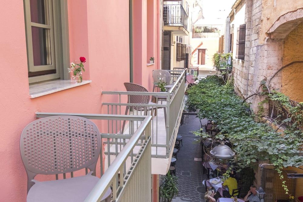 Deluxe Quadruple Room, 1 Queen Bed, Balcony - Balcony