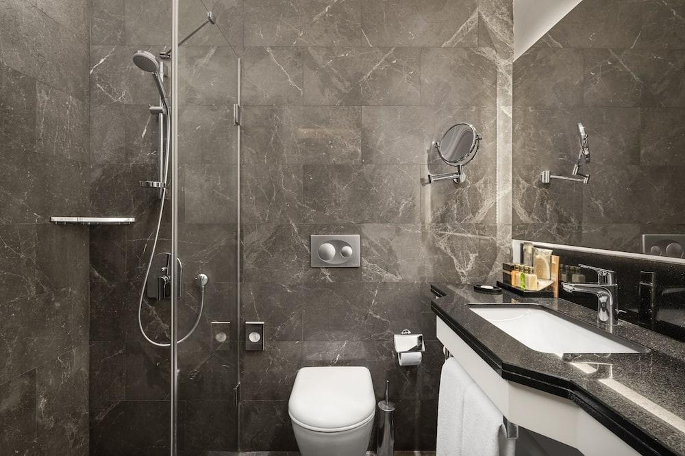 Superior-Doppel- oder -Zweibettzimmer, Nichtraucher, Stadtblick - Badezimmer