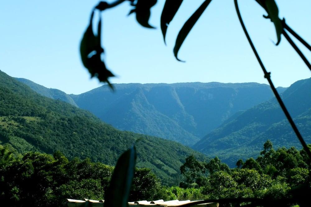 Vaade mägedele