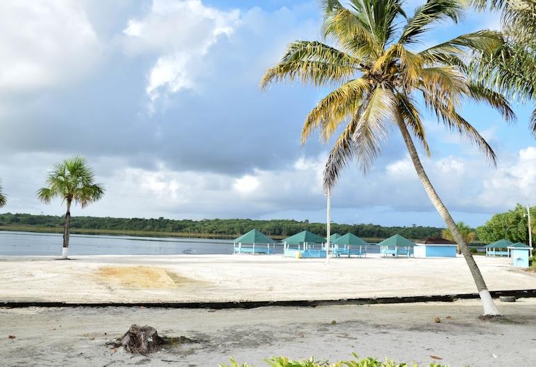 Lake Mainstay Resort, Anna Regina, Plaj