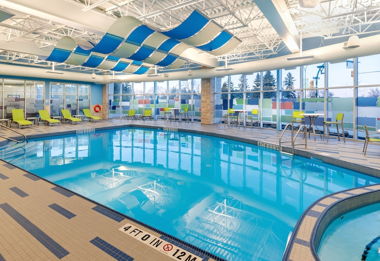 Holiday Inn Express & Suites Saskatoon East - University, Saskatoon, Piscine