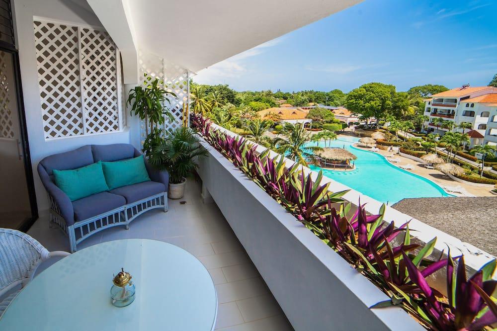 Luxusní apartmán, 1 ložnice, terasa, u bazénu - Balkón