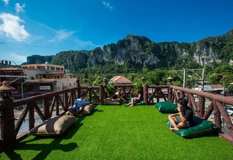 Stayover Hostel, Krabi, Terrasse/veranda