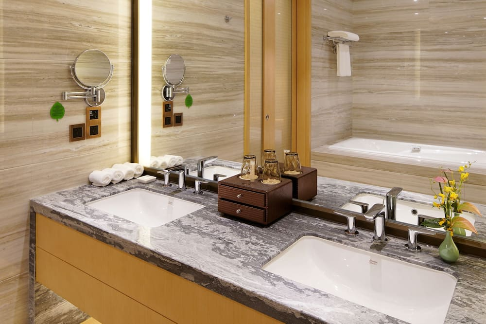 Superior Twin Room(Chinese Domestic Guests Only) - Bathroom