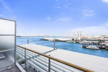 Picture of 2BR 2 Level Penthouse with Seaviews in Auckland